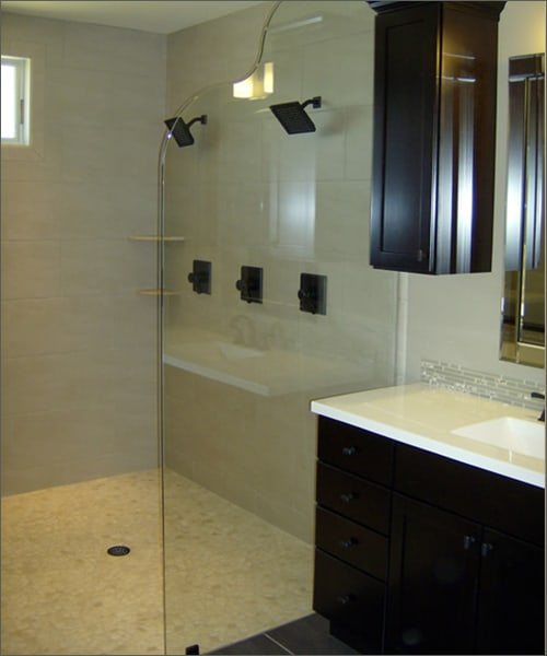 Splash Guard Glass Shower Door
